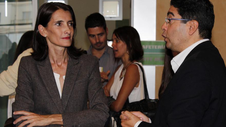 La consejera María Teresa Lorenzo y el alcalde de Guía de Isora, Pedro Martín / Foto de Adrián Molina