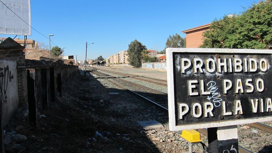 ADIF anuncia el inicio este miércoles de las obras de soterramiento de las vías del tren en Murcia