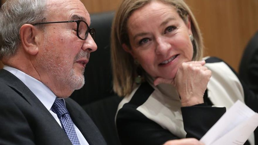 Solbes admite que la vivienda fue prioritaria en el Gobierno de Zapatero