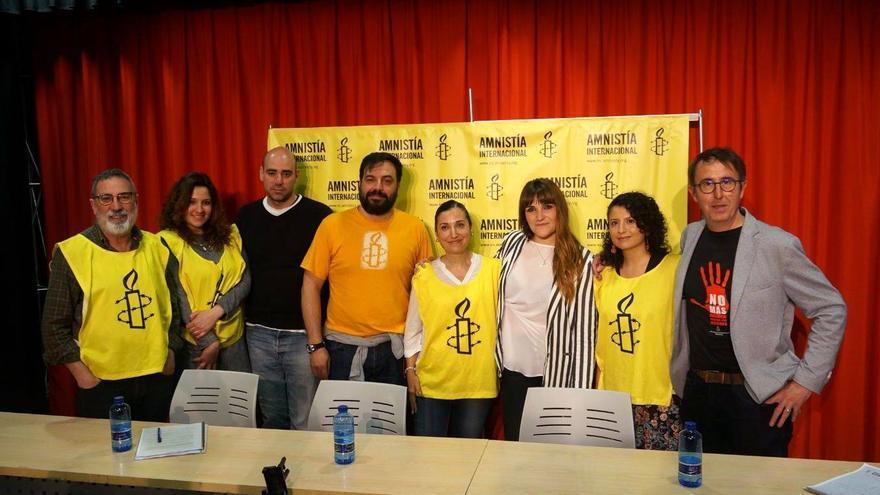 Encuentro Rozalén y Amnistía Internacional