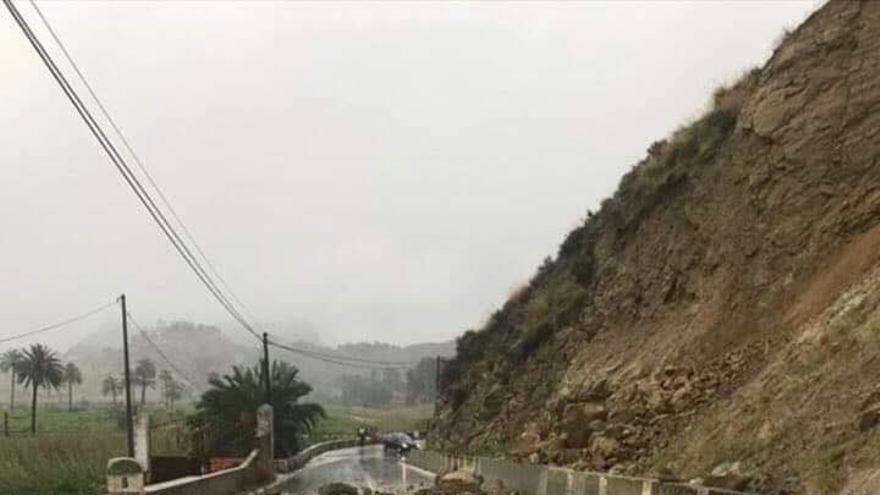 Desprendimientos en la sarretera Villanueva-Ojós RM-522 el pasado abril
