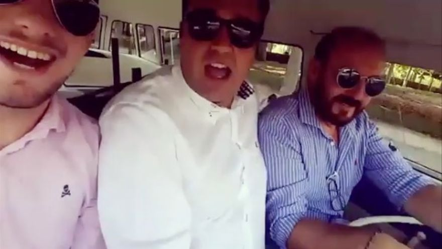 Captura del vídeo protagonizado por varios cargos del PP en la furgoneta anti-Carmena