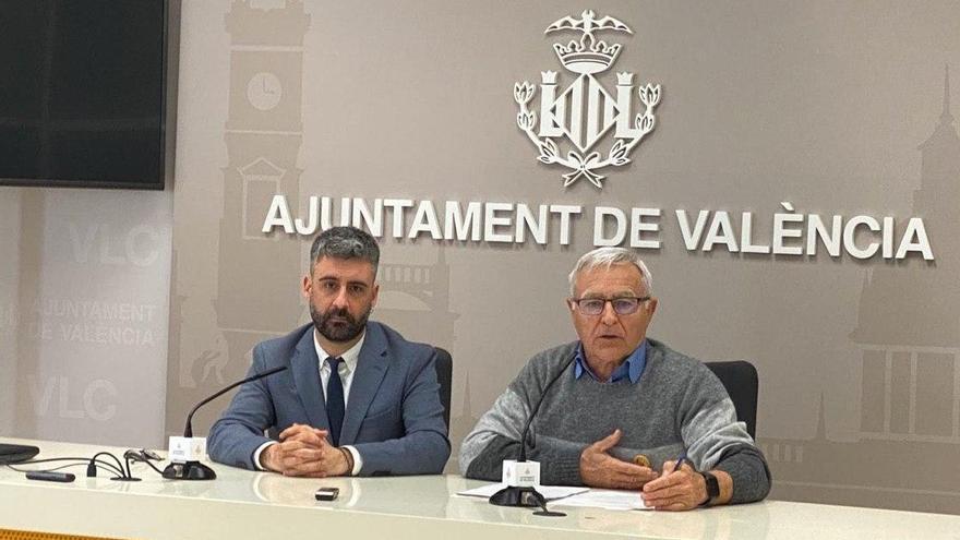 Pere Fuset junto a Joan Ribó en rueda de prensa.
