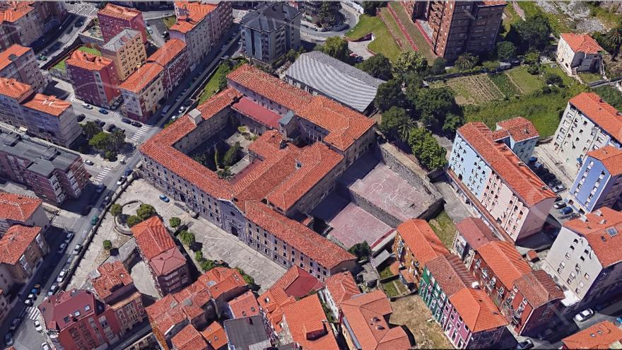 Vista aérea del colegio La Enseñanza en Santander.