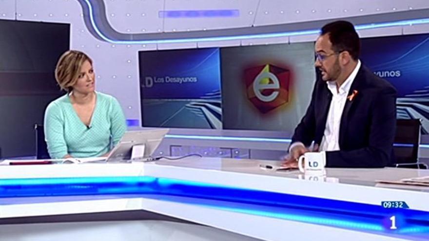 El PSOE reprende a TVE en 'Los Desayunos' por no emitir los audios del Ministro