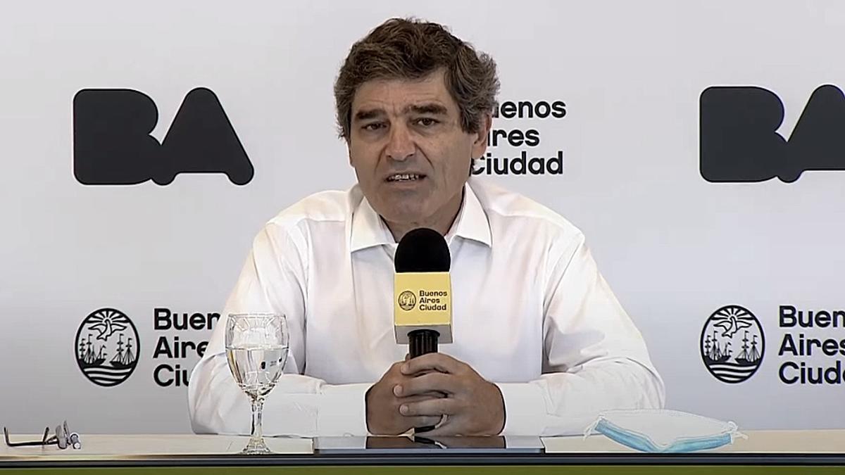 Fernán Quirós, ministro de Salud porteño.