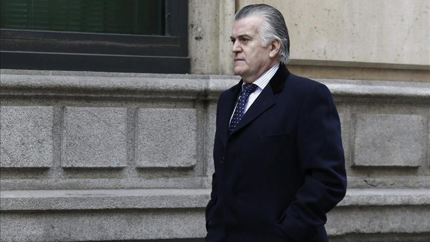 La Audiencia da vía libre a Ruz para juzgar a Bárcenas y otros 23 procesados