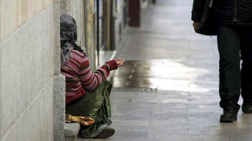 Cáritas atendió a un total de cinco millones de personas, a pesar de la caída de fondos públicos. / EFE.