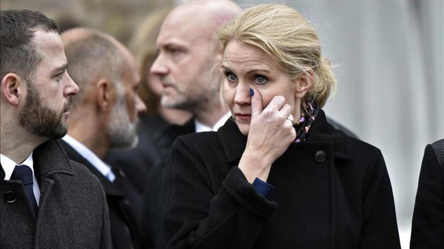 Un millar de personas acude al funeral de una de las víctimas de los atentados de Copenhague