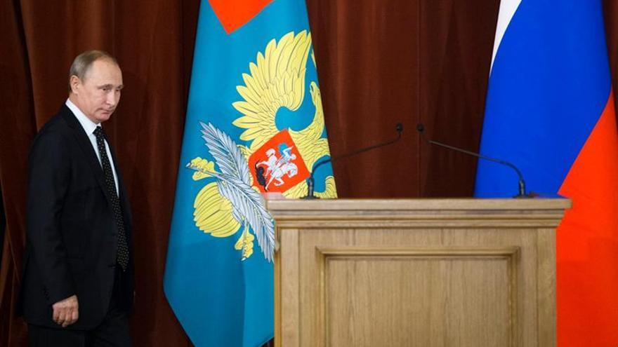 Putin aboga por unas relaciones en pie de igualdad en su felicitación a Obama