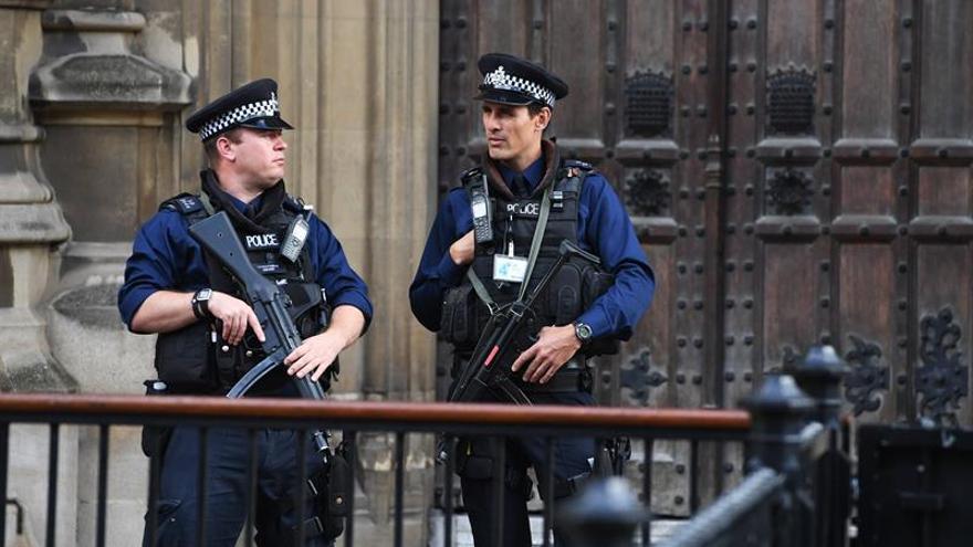 Un séptimo detenido por el atentado en el metro de Londres