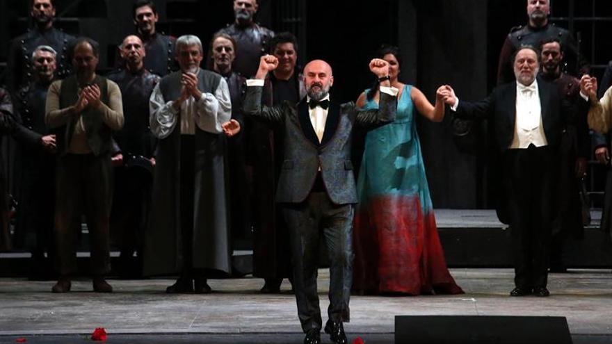 La Scala se rinde ante la Tosca más cinematográfica