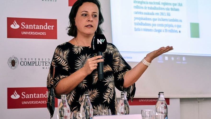 "Cristina Tardáguila: El ""fact-checking"" ha elevado el coste de la mentira"