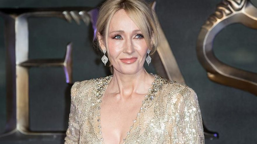 J.K.Rowling revela que está escribiendo dos nuevas novelas