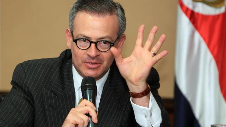 Destituido el embajador de Costa Rica en Venezuela por declaraciones polémicas