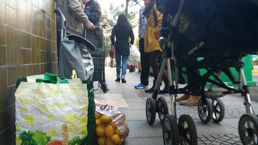 Campamento Dignidad Merida reparto alimentos comida