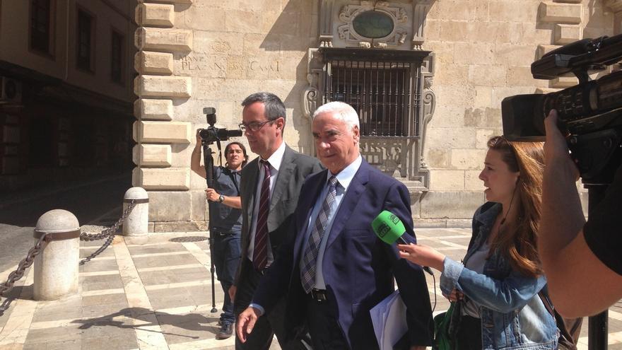 Luciano Alonso defiende en el TSJA la legalidad del nombramiento del director del CAF