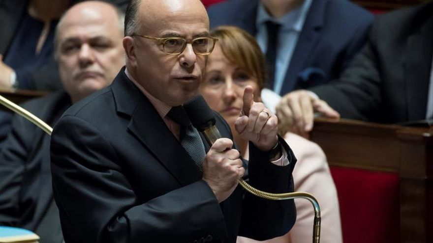 Francia exigirá una autorización a los menores que quieran salir del país