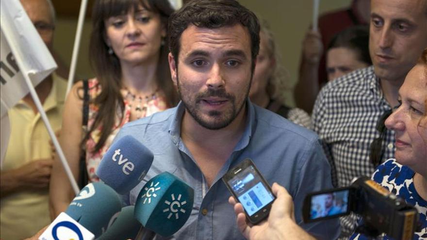 "Garzón asegura que Albert Rivera es un líder joven con ""ideas viejas"""