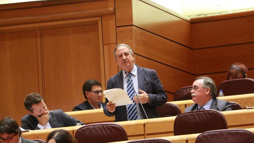 """Anasagasti: """"Los vascos estaremos solidariamente con Mas, pero no es ése nuestro camino"""""""