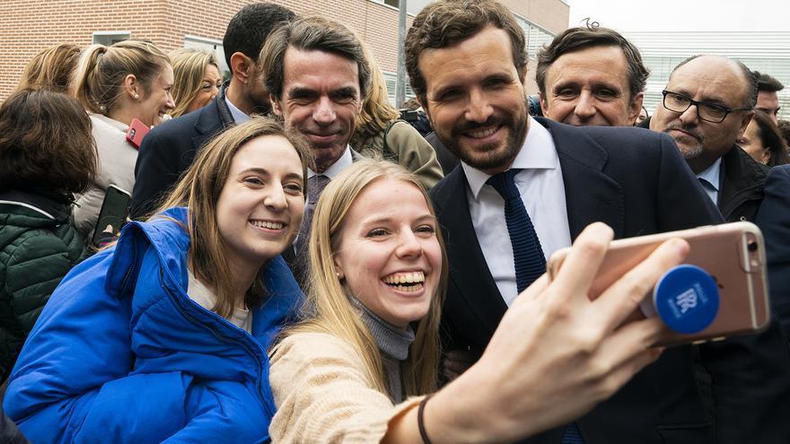 Pablo Casado junto a José María Aznar, esta semana, en Madrid.