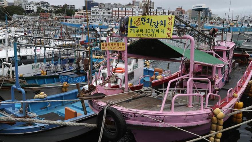 El tifón Talim altera el transporte en Japón antes de tocar tierra