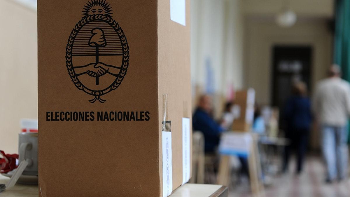 Las PASO se harán el 12 de septiembre y las legislativas el 14 de noviembre.