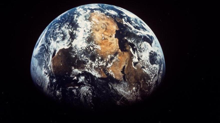 Un pequeño asteroide se acerca de nuevo a la Tierra, esta vez a menos distancia
