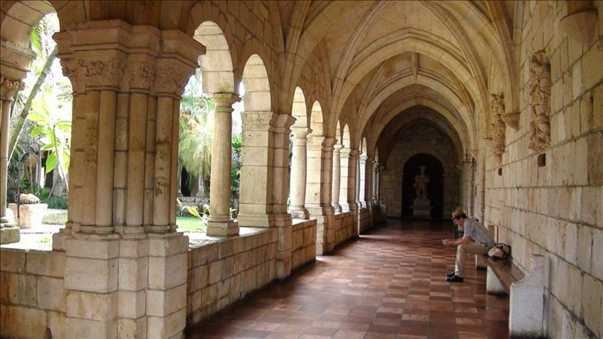 El Monasterio Español de Sacramenia, un vestigio de la Europa medieval en Miami
