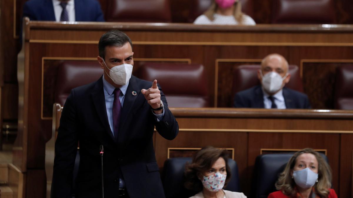 El presidente del Gobierno, Pedro Sánchez, durante su intervención en lasesióndecontrolal Ejecutivo de este miércoles en el Congreso.