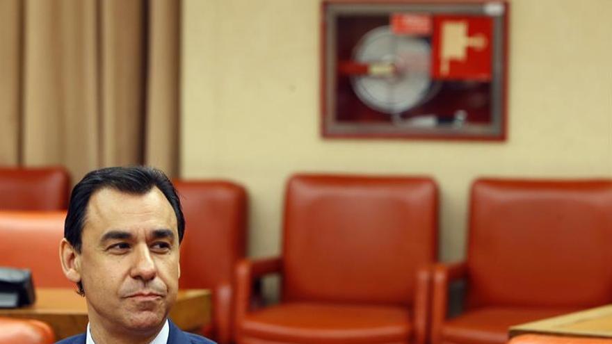 Maíllo acusa a la oposición de imponer ley de la selva para arrinconar al PP