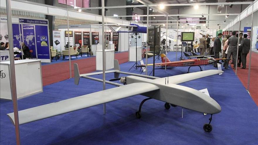 Arabia Saudí usará aviones no tripulados y globos para vigilar sus fronteras