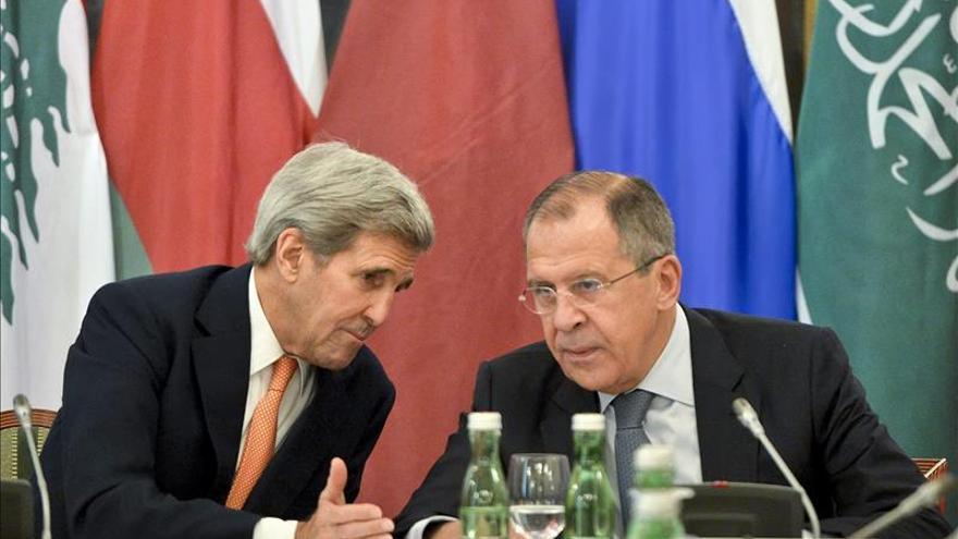 Rusia pide a Kerry que aclare en Moscú la postura de EEUU contra el EI
