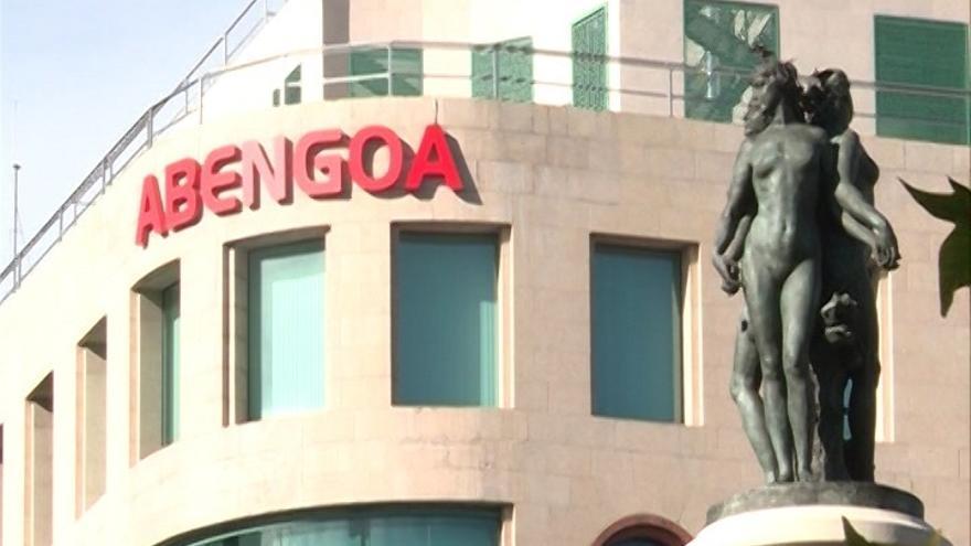 """Sindicatos destacan la """"crítica"""" situación en Abengoa, que apunta a """"unos 500 rescisiones"""""""