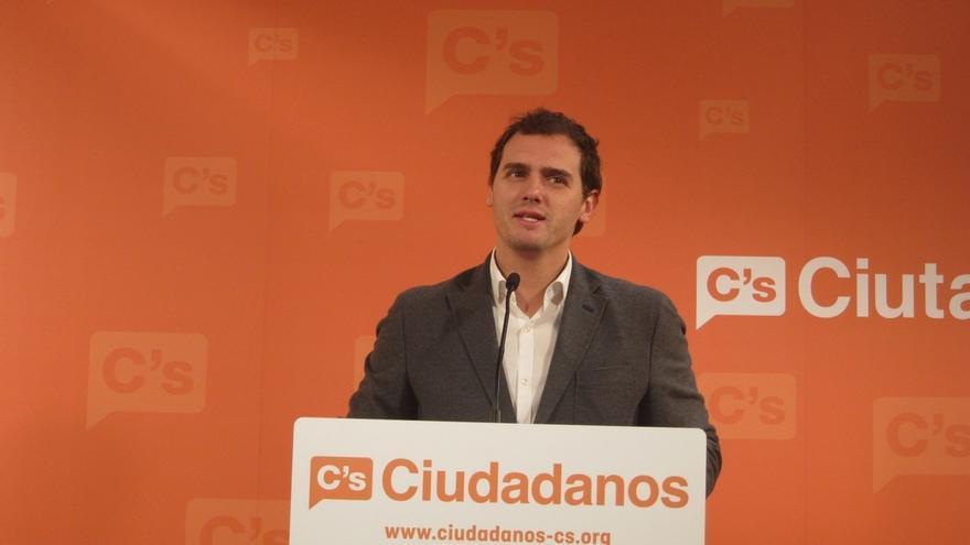Albert Rivera urge a Mas a convocar elecciones y dar paso a una alternativa que frene la corrupción