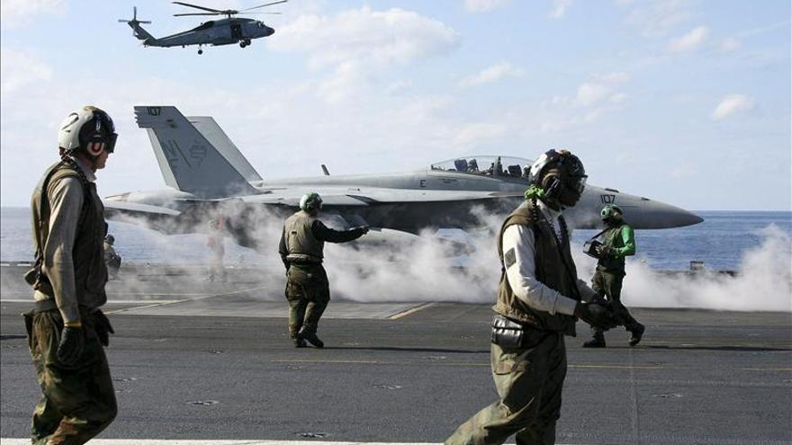Okinawa elige como gobernador a candidato crítico con nueva base de EEUU