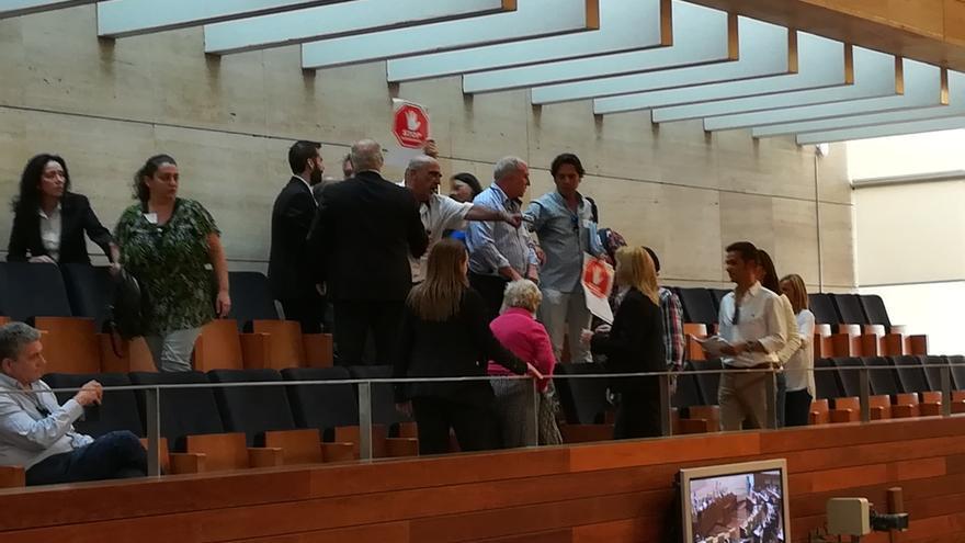 PSOE y Podemos rechazan una propuesta del PP para bonificar con el 99% en el Impuesto de Sucesiones en Extremadura