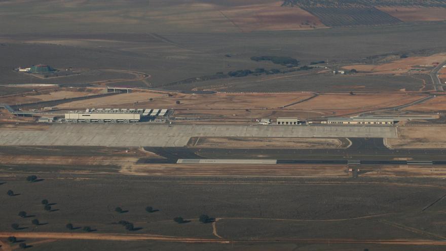 Pistas del aeropuerto de Ciudad Real / Foto: Javier Ortega Figueiral