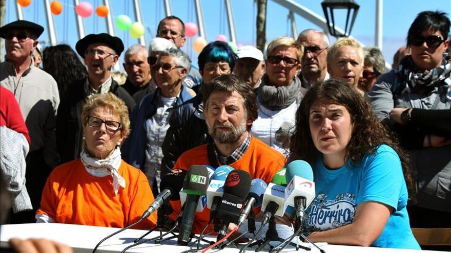 """La izquierda abertzale prevé """"batalla"""" si arrestan a una colaboradora de ETA"""
