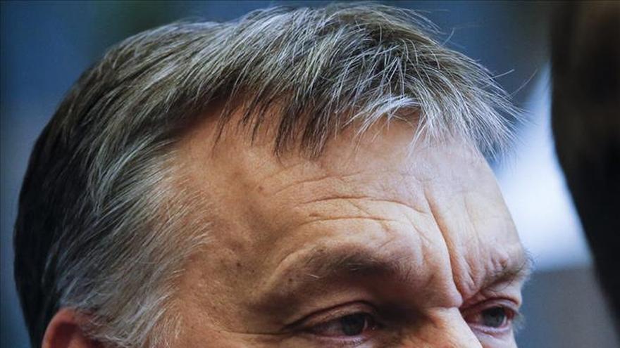 """La alianza entre Orbán y un poderosos magnate estalla en una """"guerra total"""""""