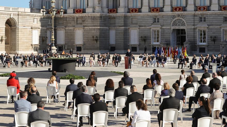 """De Castro considera """"muy afortunadas"""" las palabras del rey en el homenaje"""