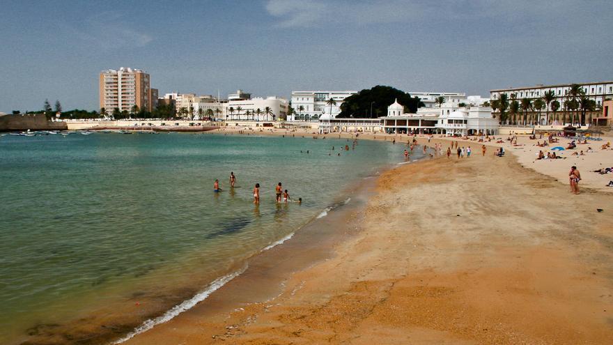 Playa de La Caleta, en el centro histórico de Cádiz. VA