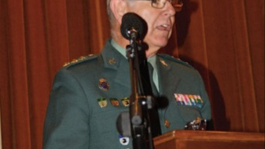 El coronel Ortiz Clavero, en una imagen de la revista de la Asociación Pro Huérfanos de la Guardia Civil