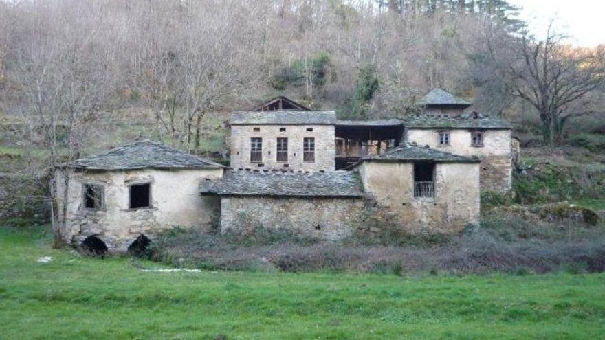 Aldea deshabitada en A Fonsagrada (Lugo)