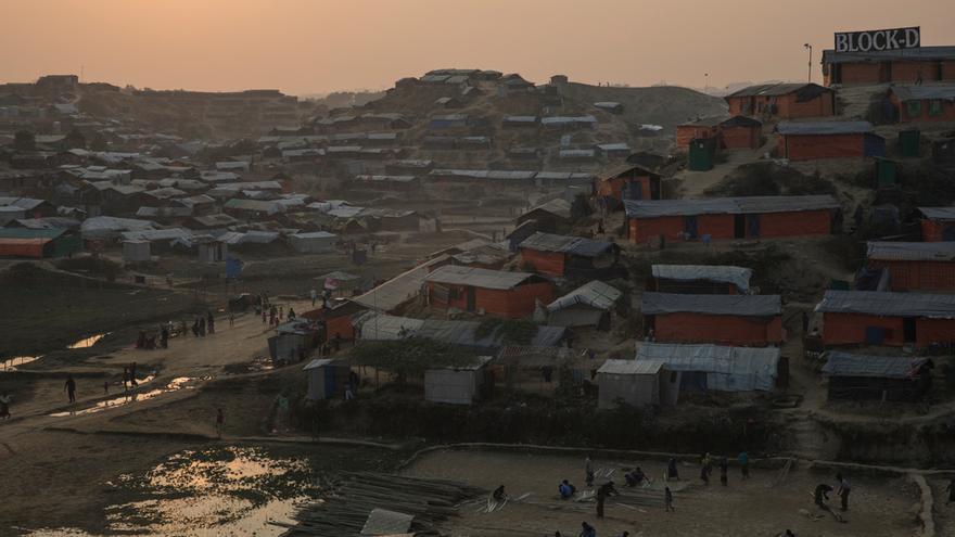 Vista del asentamiento improvisado de Jamtoli. Foto: Anna Surinyach.