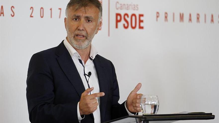 Ángel Víctor Torres durante el debate de las Primarias del PSOE de Canarias