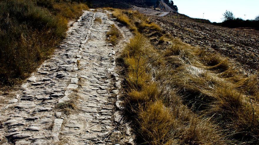 Restos de la Calzada Romana entre Ciraqui y el Río Salado. VIAJAR AHORA