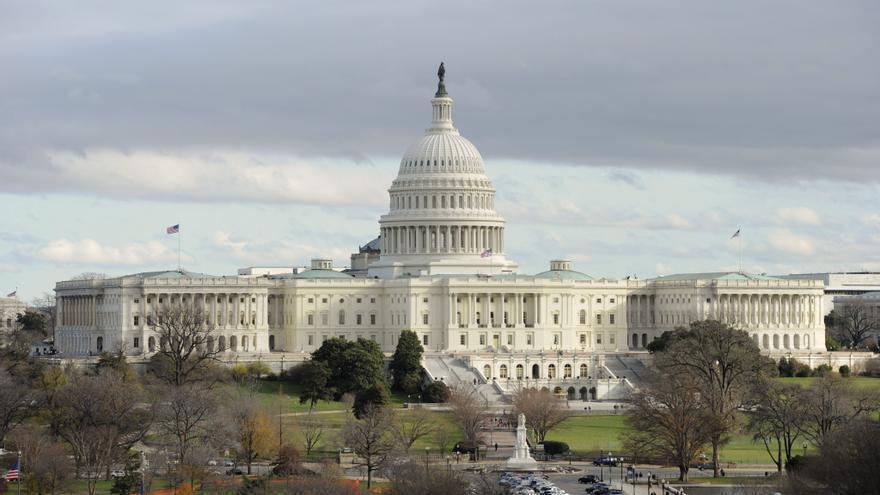 El Senado de EE.UU. inicia el debate para evitar el cierre parcial del Gobierno