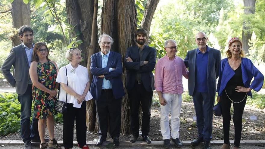 Gutiérrez Aragón recibe el premio Muñoz Suay de investigación sobre el cine