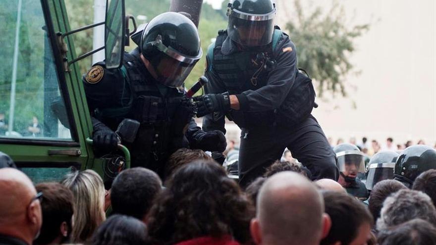Un detenido por propinar una patada en la cabeza a un guardia civil el 1-O